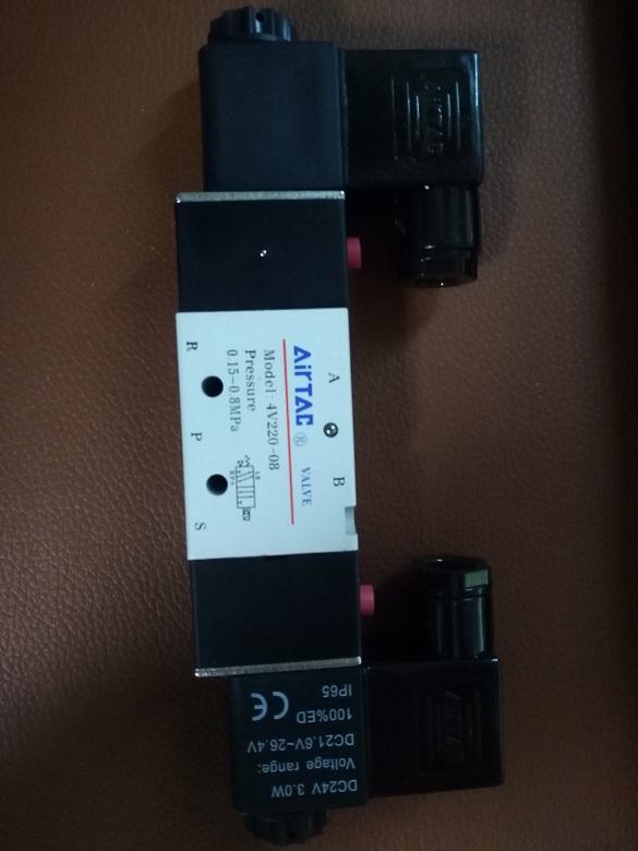 4v220-10亚德客airtac电磁阀图片