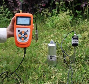 4v/2.8ah锂电池,具有充电保护,电压过低提示功能.